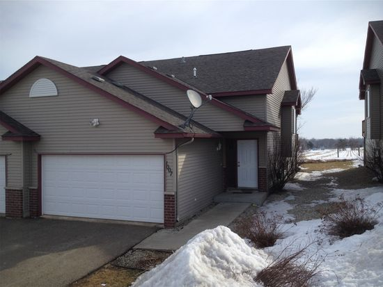 1001 7th Ave SW, Pine Island, MN 55963