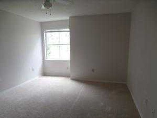 2400 Feather Sound Dr APT 223, Clearwater, FL 33762