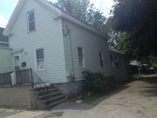 87 Foster St, Lawrence, MA 01843