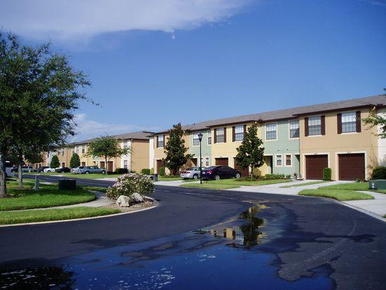 2605 Oleander Lakes Dr, Brandon, FL 33511