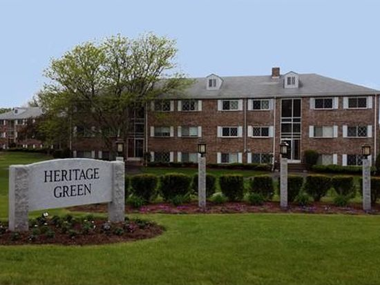 8 Fernview Ave APT 5, North Andover, MA 01845
