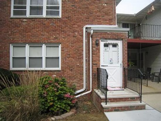 680 State Route 15 S APT 61, Lake Hopatcong, NJ 07849