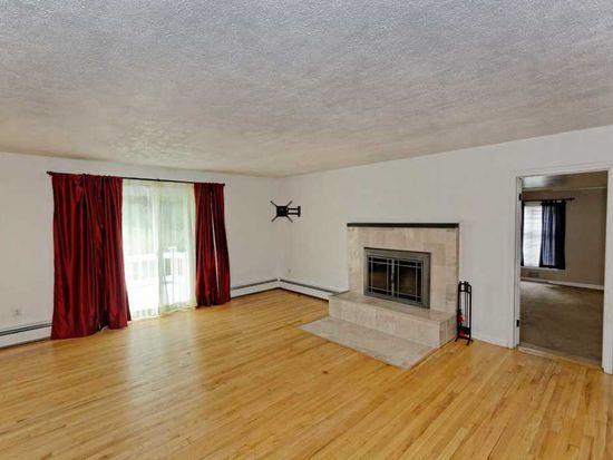 209 Woodin Rd, Clifton Park, NY 12065