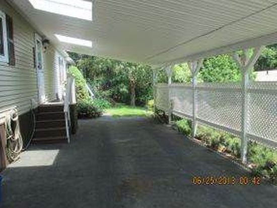 222 Donald Dr, Goffstown, NH 03045