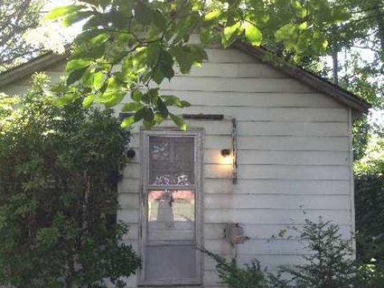 86 Sheffield Ave, West Babylon, NY 11704