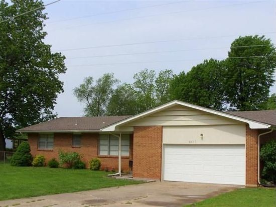 3557 N Lexington Ave, Springfield, MO 65803