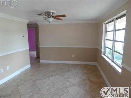 2160 Barry Dr, Fort Myers, FL 33907