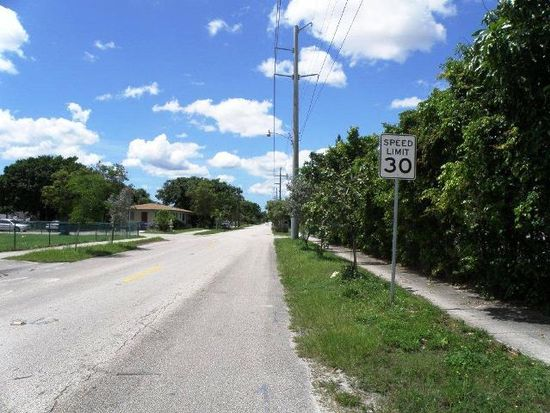 527 S 24th Ave, Hollywood, FL 33020