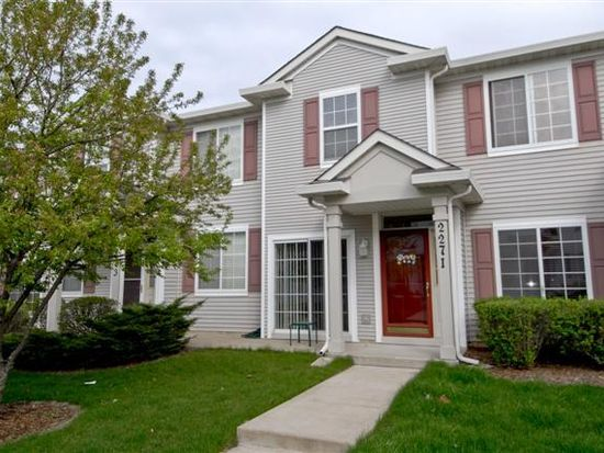 2271 Reflections Dr, Aurora, IL 60502