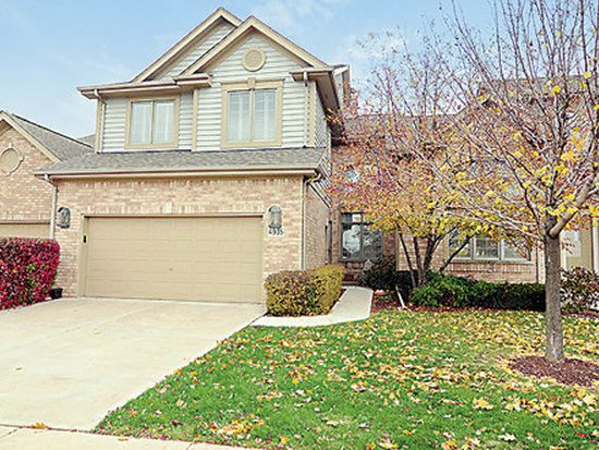 4935 Commonwealth Ave, Western Springs, IL 60558
