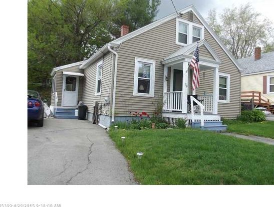 30 Hallowell St, Winslow, ME 04901