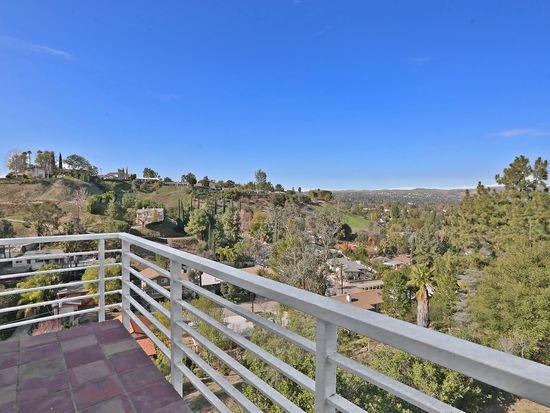 4771 Calderon Rd, Woodland Hills, CA 91364