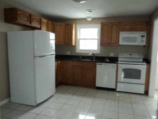 61 Pilgrim Cir UNIT 61, Methuen, MA 01844