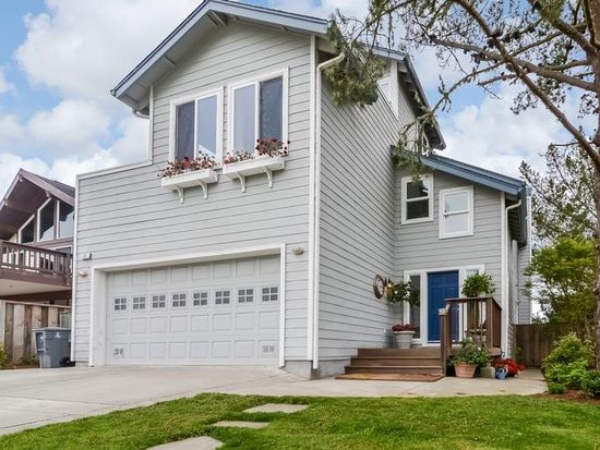 342 6th Ave, Half Moon Bay, CA 94019