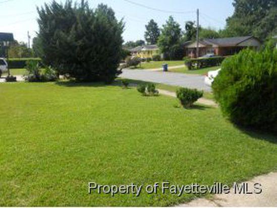 5637 Carson Dr, Fayetteville, NC 28303