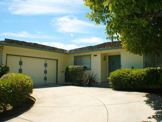 1123 Blue Lake Sq, Mountain View, CA 94040
