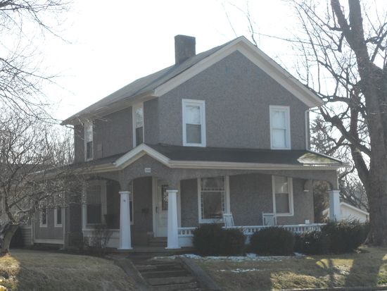 395 College St, Wadsworth, OH 44281