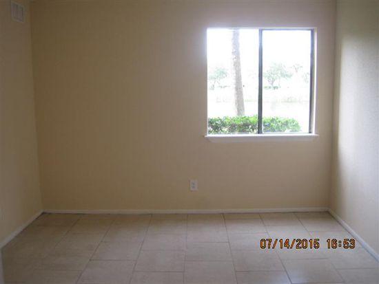 2845 Winkler Ave APT 301, Fort Myers, FL 33916