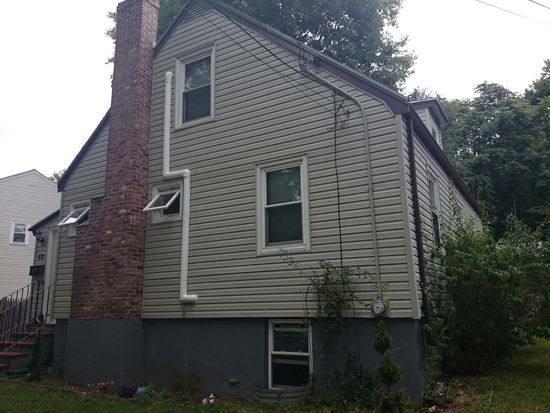 82 Glenellen Rd, Boston, MA 02132