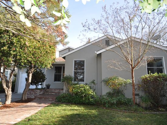 2051 Gordon Ave, Menlo Park, CA 94025
