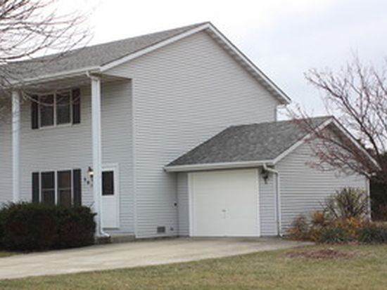 301 N Raven Rd, Shorewood, IL 60404