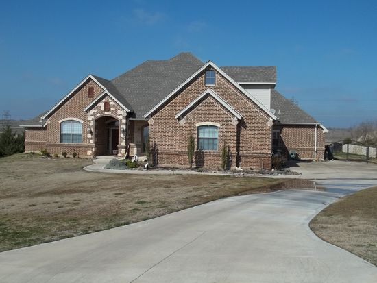 3729 S Lighthouse Hill Ln, Fort Worth, TX 76179