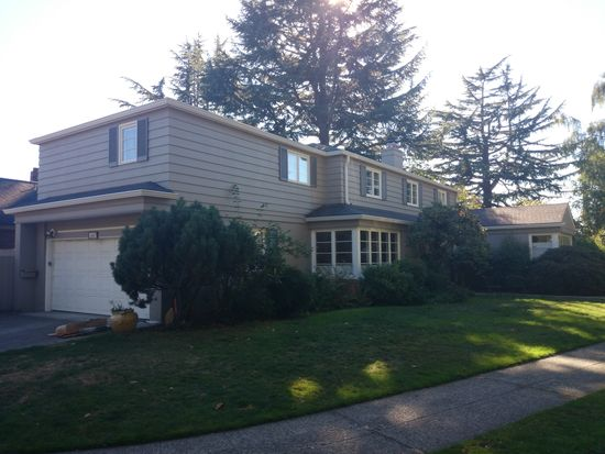3545 W Laurelhurst Dr NE, Seattle, WA 98105