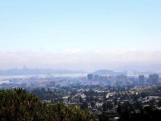 1 Samaria Ln, Oakland, CA 94619