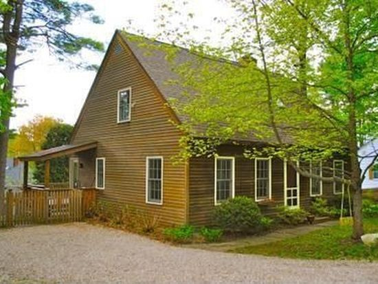 14 Lake Ave, Great Barrington, MA 01230