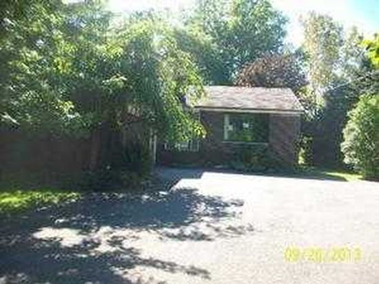 29700 Eddy Rd, Willoughby Hills, OH 44094