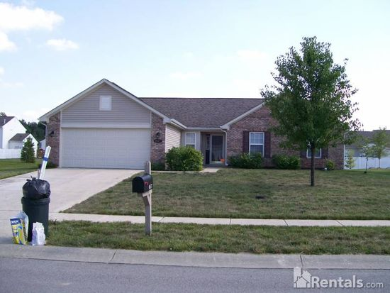 8677 Ingram Ln, Avon, IN 46123