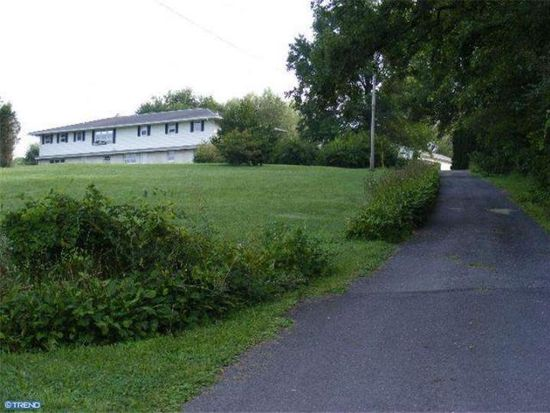 181 Gernants Church Rd, Leesport, PA 19533