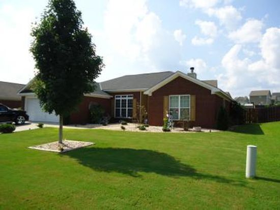 15 Brentwood Dr, Phenix City, AL 36869