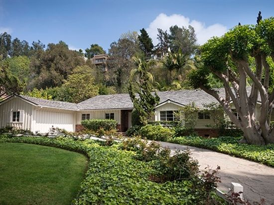 1242 Coldwater Canyon Dr, Beverly Hills, CA 90210