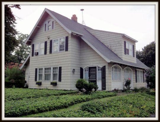 10548 Main St, Clarence, NY 14031