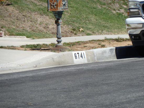 6741 Vickiview Dr, Canoga Park, CA 91307