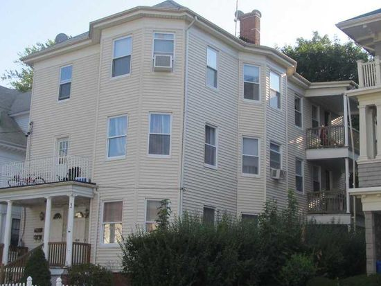 137 Mulberry St, Pawtucket, RI 02860