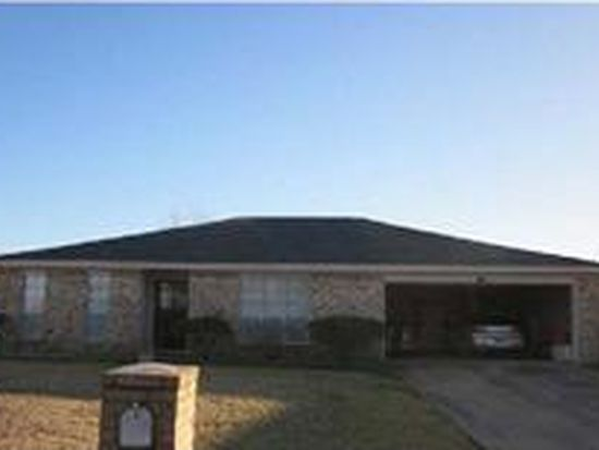 5835 Meadowview Rd, Beaumont, TX 77708