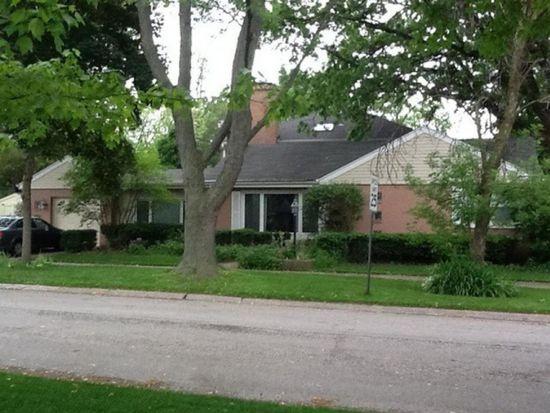 421 N Dee Rd, Park Ridge, IL 60068