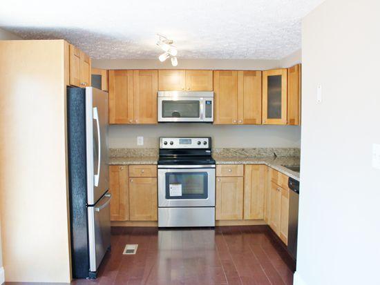 7413 Aspenpark Rd, Lorton, VA 22079