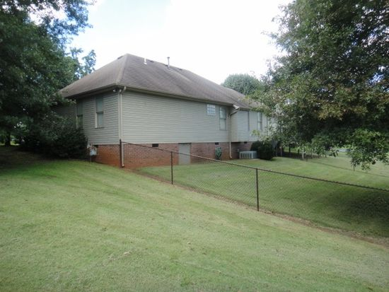 2924 Mitchellwood Ct, Bowling Green, KY 42104