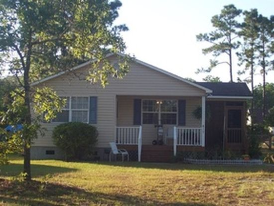 817 Sweet Briar Rd, Southport, NC 28461