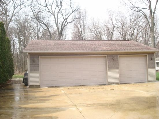 5050 S County Road 210, Knox, IN 46534