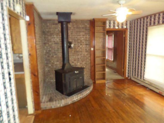 393 Gus St, Spartanburg, SC 29302