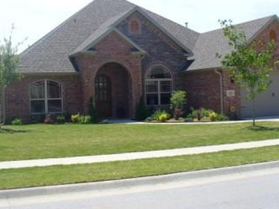 4435 W Putting Green Dr, Fayetteville, AR 72704