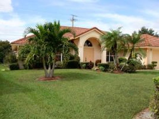 2491 Sandstone Ct, Wellington, FL 33414