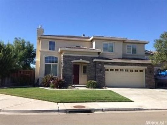 2143 Golden Gate Dr, Tracy, CA 95377