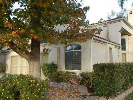 2074 Ridgeline Ave, Vista, CA 92081