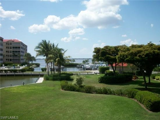15140 Harbour Isle Dr, Fort Myers, FL 33908