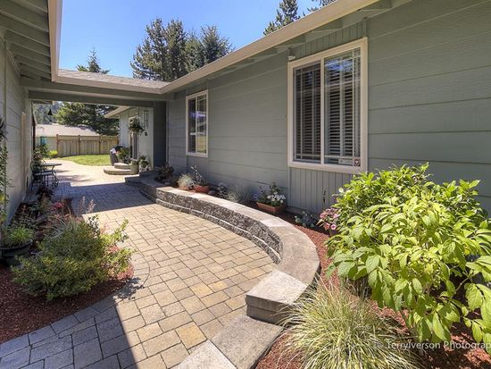 16950 S Redland Rd, Oregon City, OR 97045